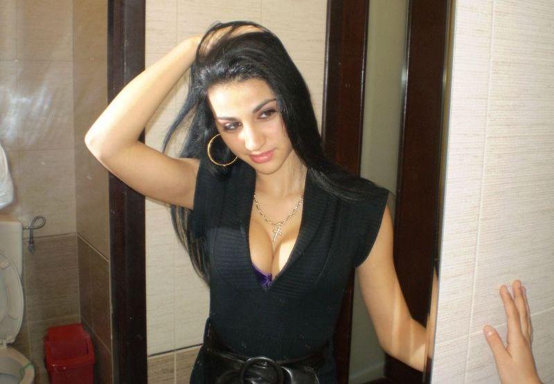 Hot Member Graciela